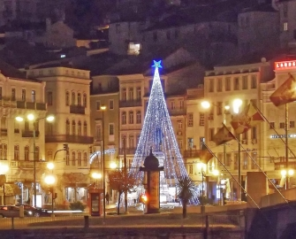 Iluminação e Decorações de Natal